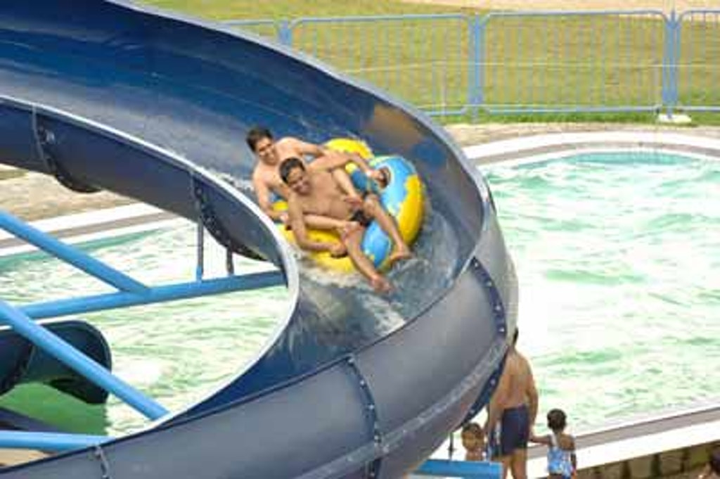 water ride with kids