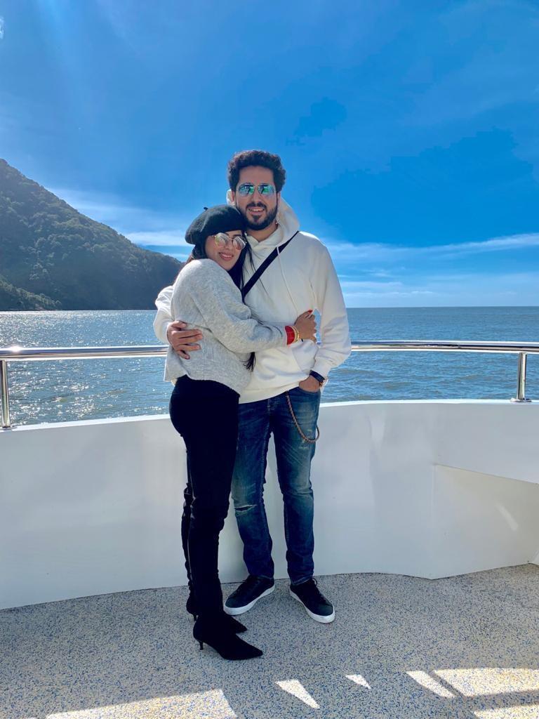 A honeymoon couple in New Zealand