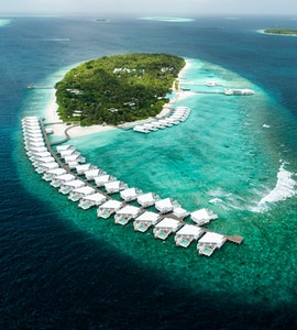 Veligandu island resort in Maldives