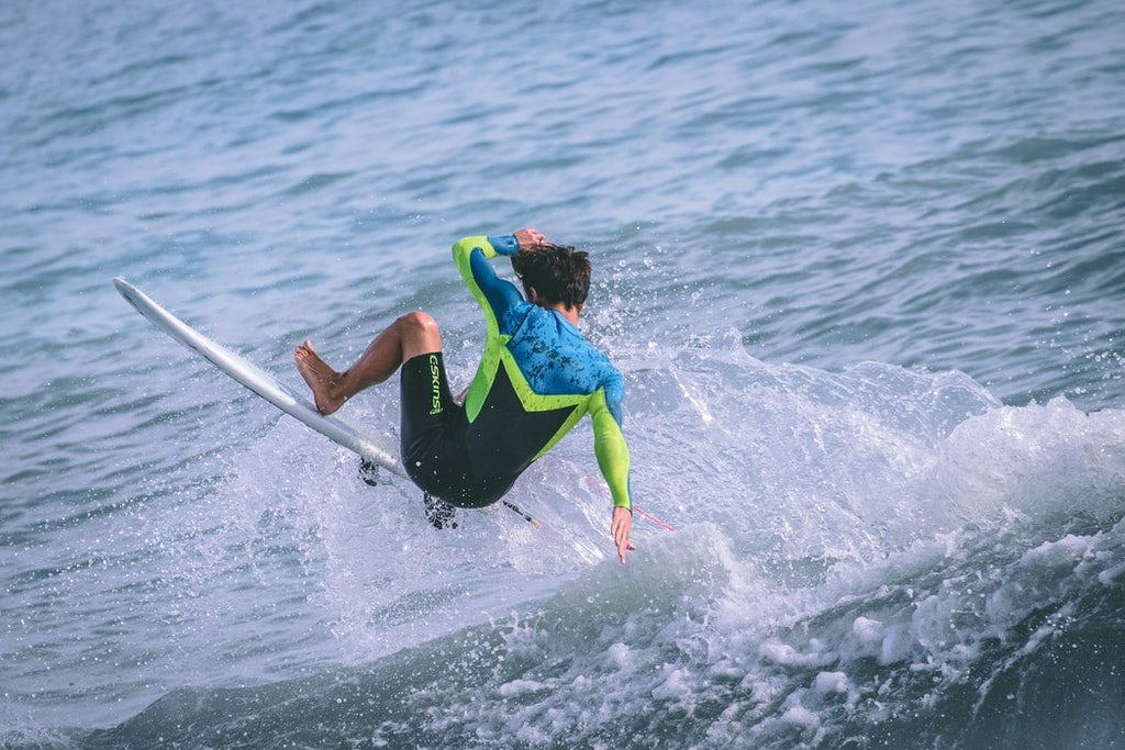 surfing at mahe seychelles