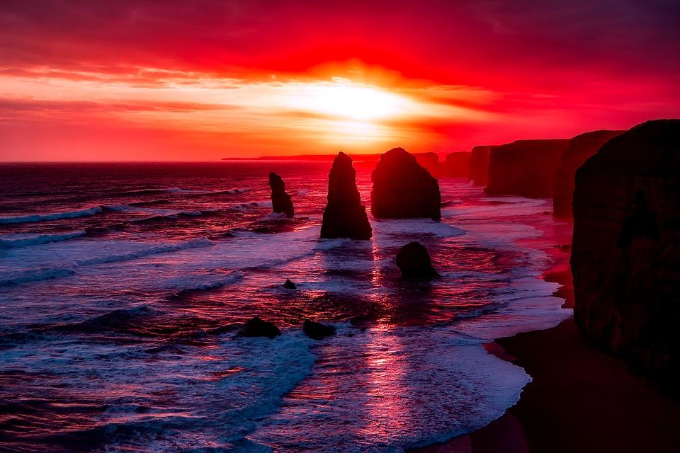 sunset at twelve apostles