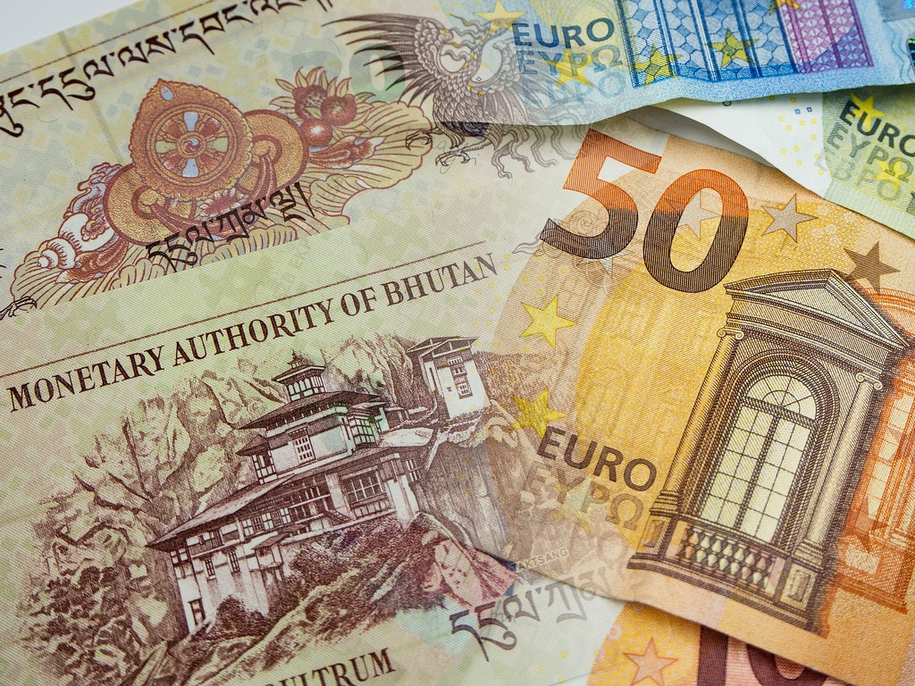 Bhutan and Euro Currency notes