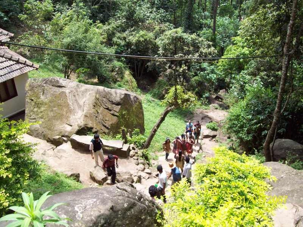 Hike to the caves