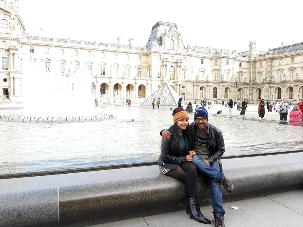 A picture of a couple on their honeymoon vacation to Europe