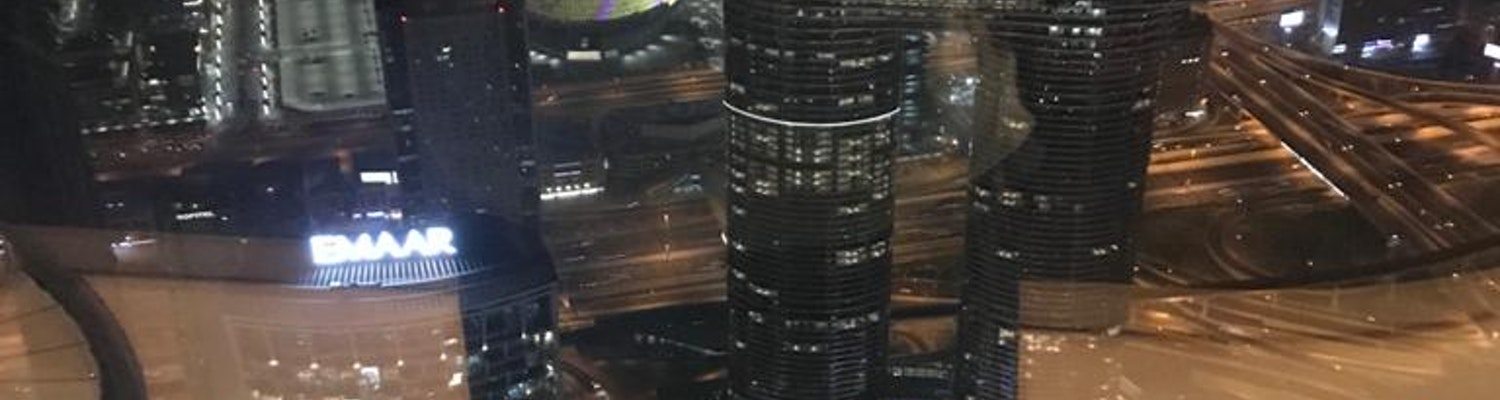 A breathtaking picture of the buildings in Dubai