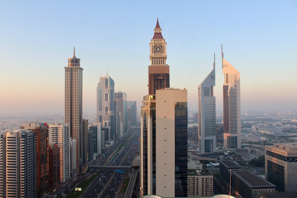 An amazing pictures of the sky-touching buildings in UAE