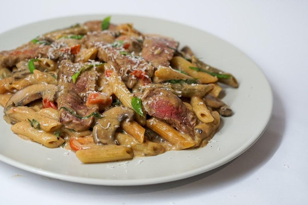 Pasta in mushroom sauce