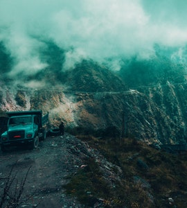 A picture of a jeep in the mountains of Sikkim