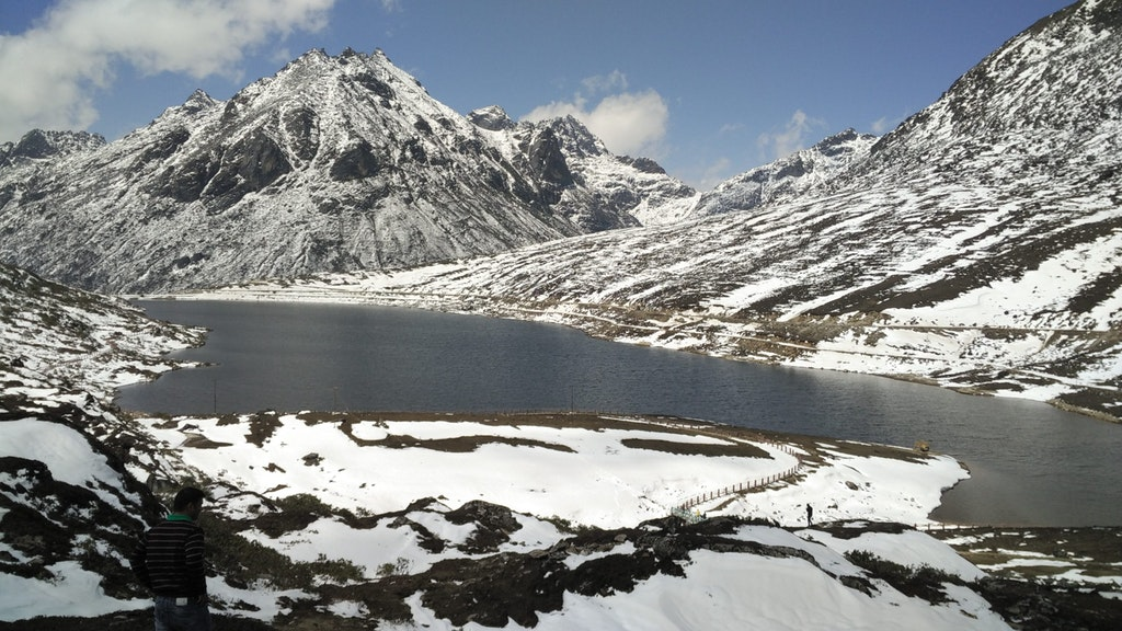 Snowy mountains during winter, one of the best times to visit northeast India