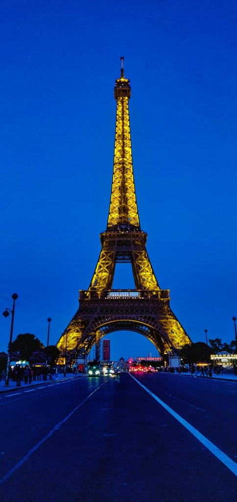 A breathtaking view of Eiffel Tower