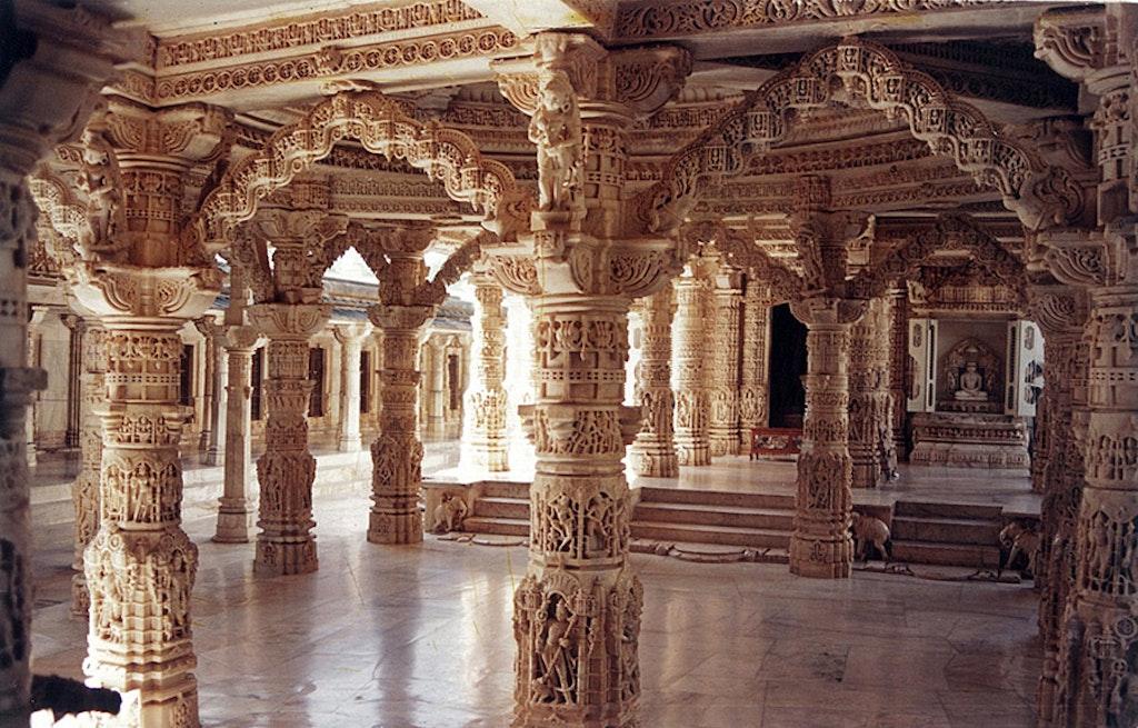 Pillars in the Dilwara temple