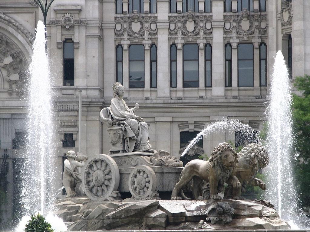 Cibeles fountain in Plaza de Cibeles