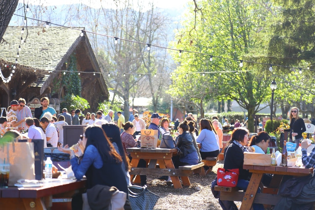 People dining at the Napa valley