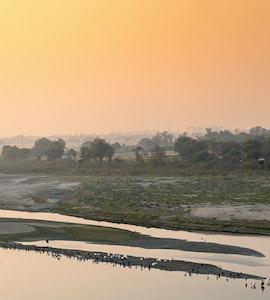 banks of the yamuna river behind Taj Mahal