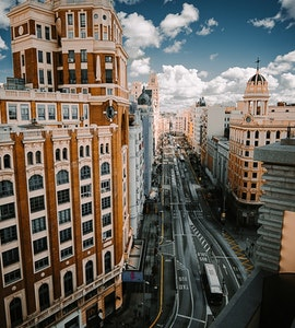 Rooftop pools in Madrid