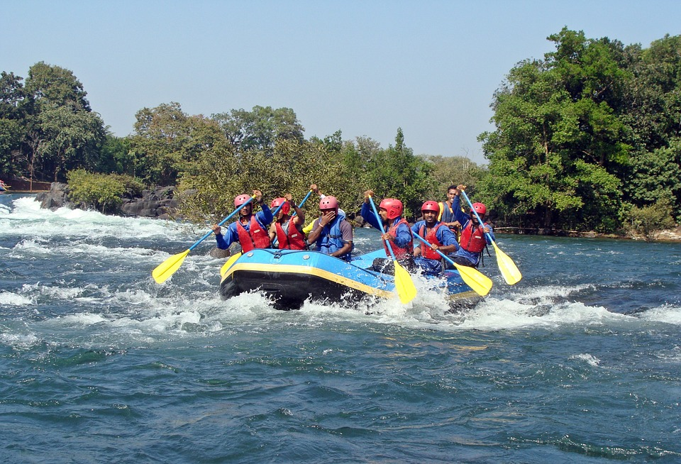 River rafting in the river