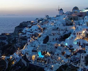 Places to Visit in Santorini
