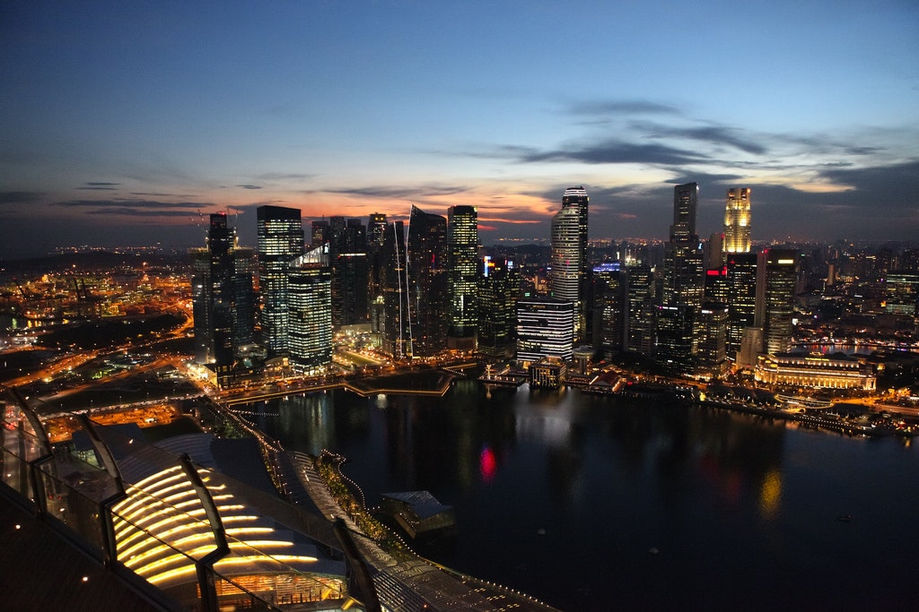 The city view of singapore at nights.
