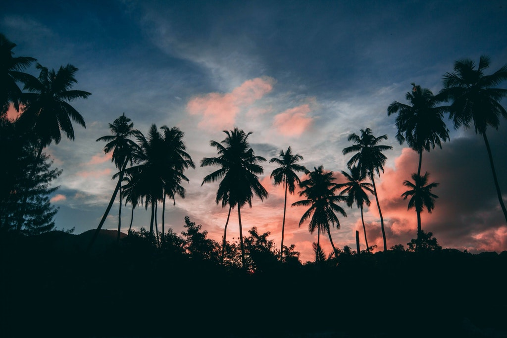 Sunset viewpoints in Seychelles