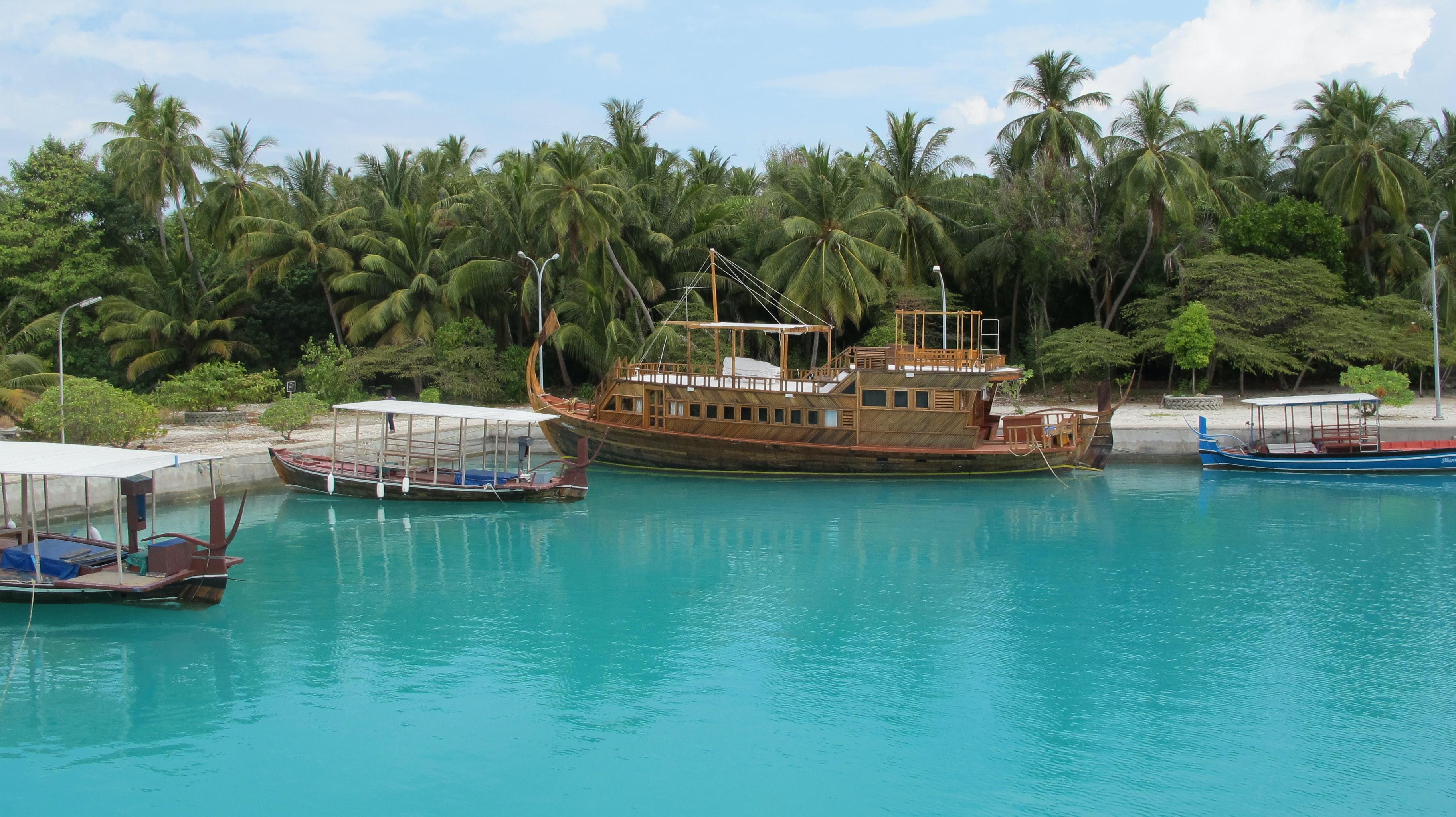 A Dhoni in the Maldives