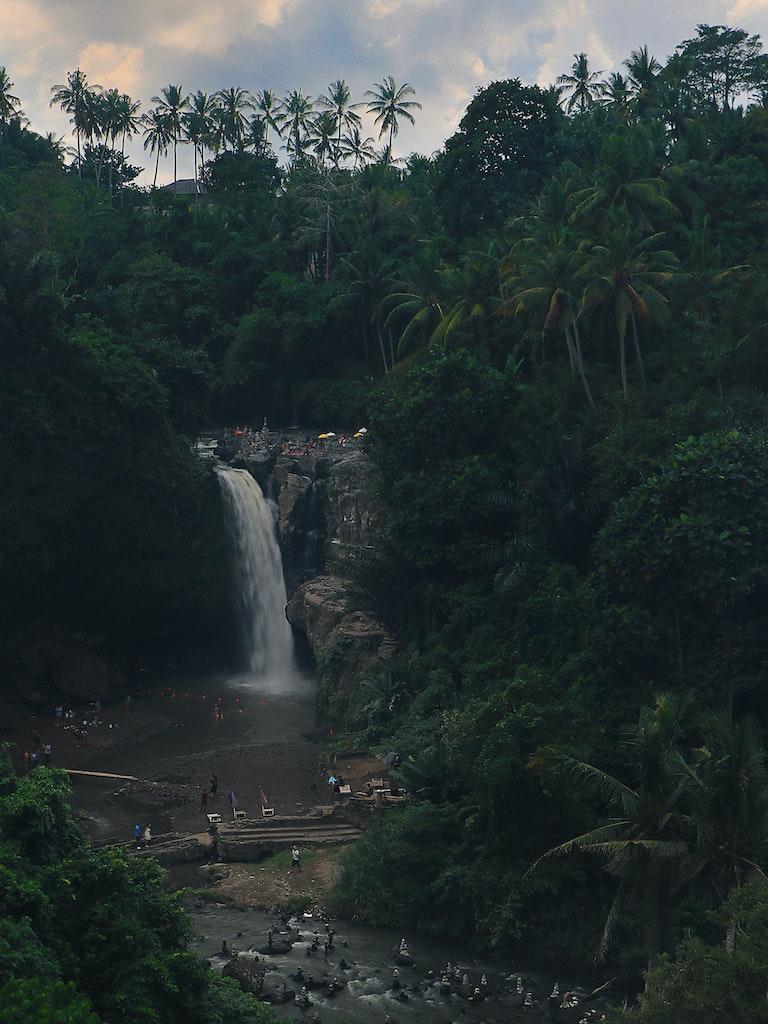 Tegenungan Waterfalls