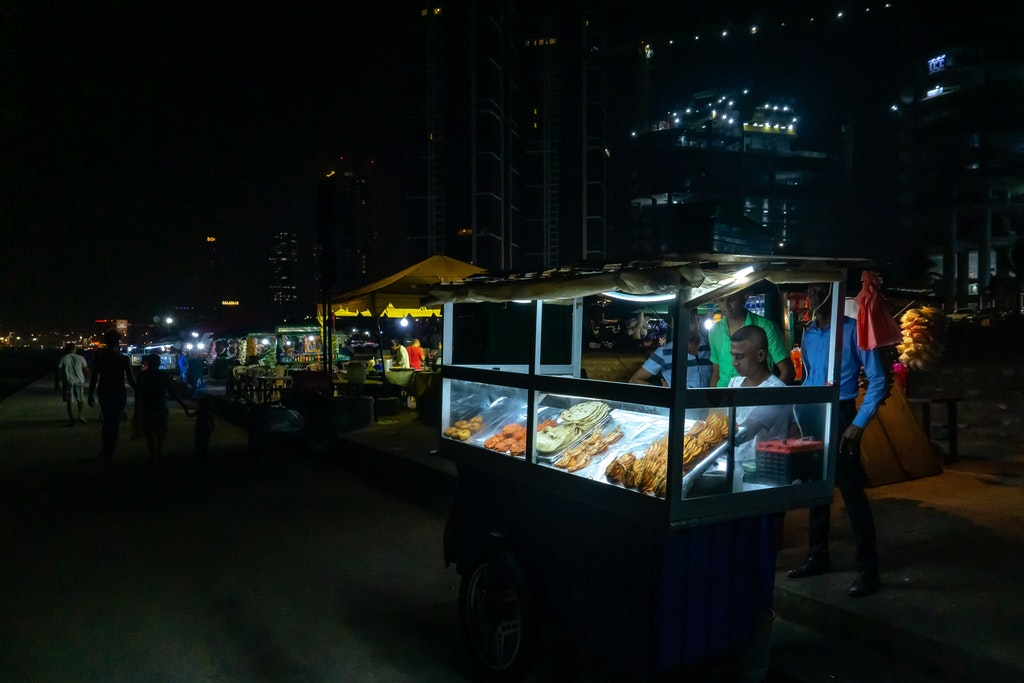 Street food in Galle Face Green