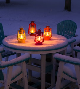 Dining with lights