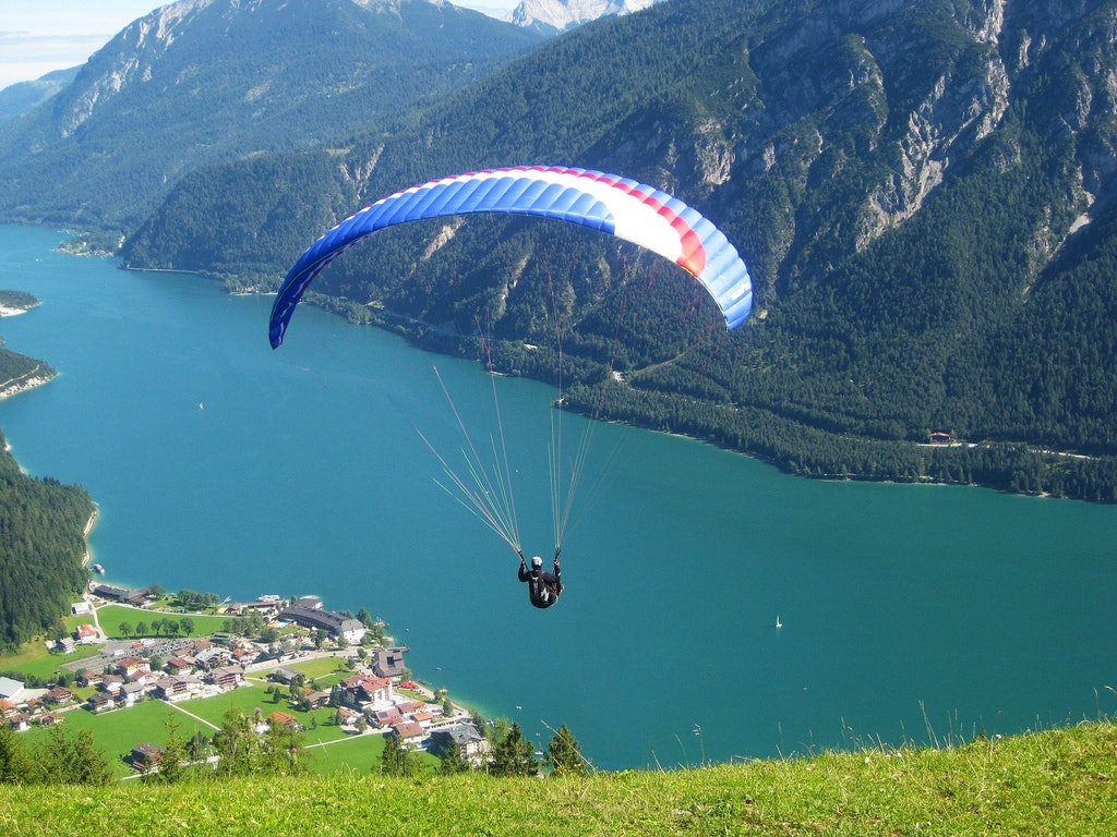 Best places for paragliding in Austria, Achensee Lake paragliding