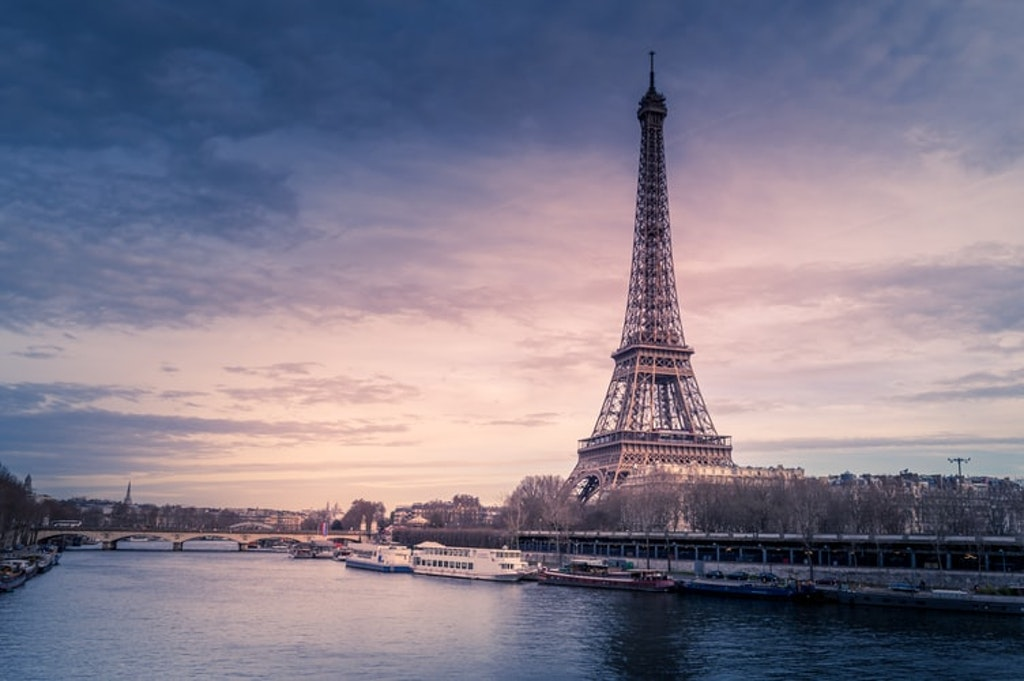 Eiffel Tower, Places to visit & Things to do in France in December