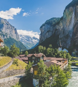 15 Travel Tips For a Flawless Switzerland vacation!