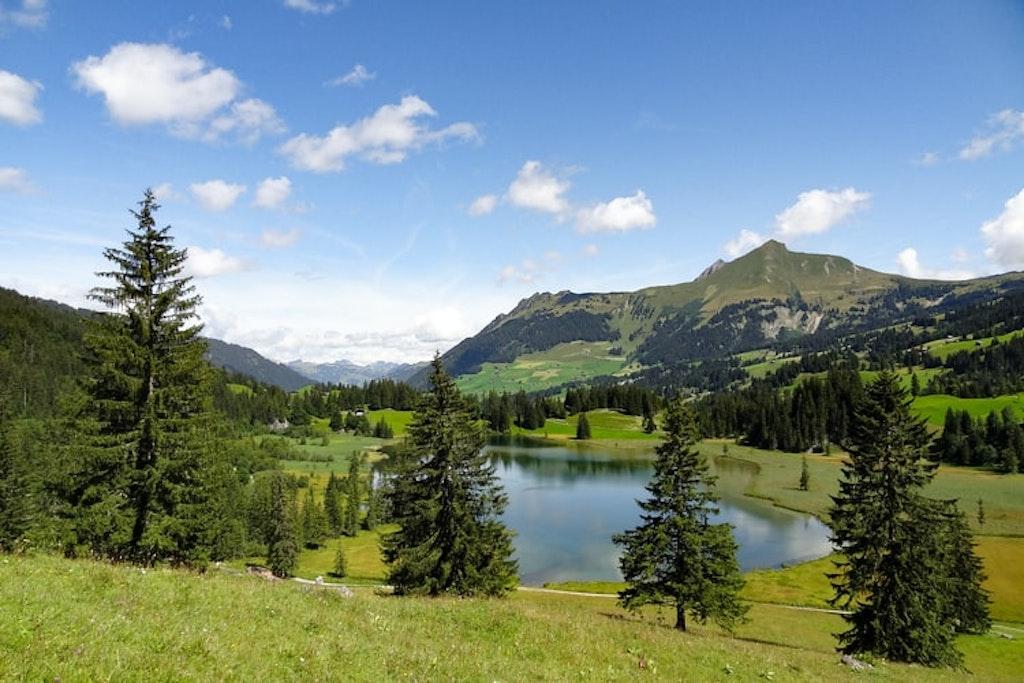 Lauenensee, Lauenen, Switzerland