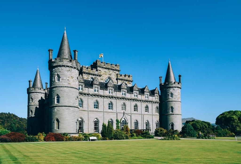 Filming locations of Downton Abbey, Inveraray castle.