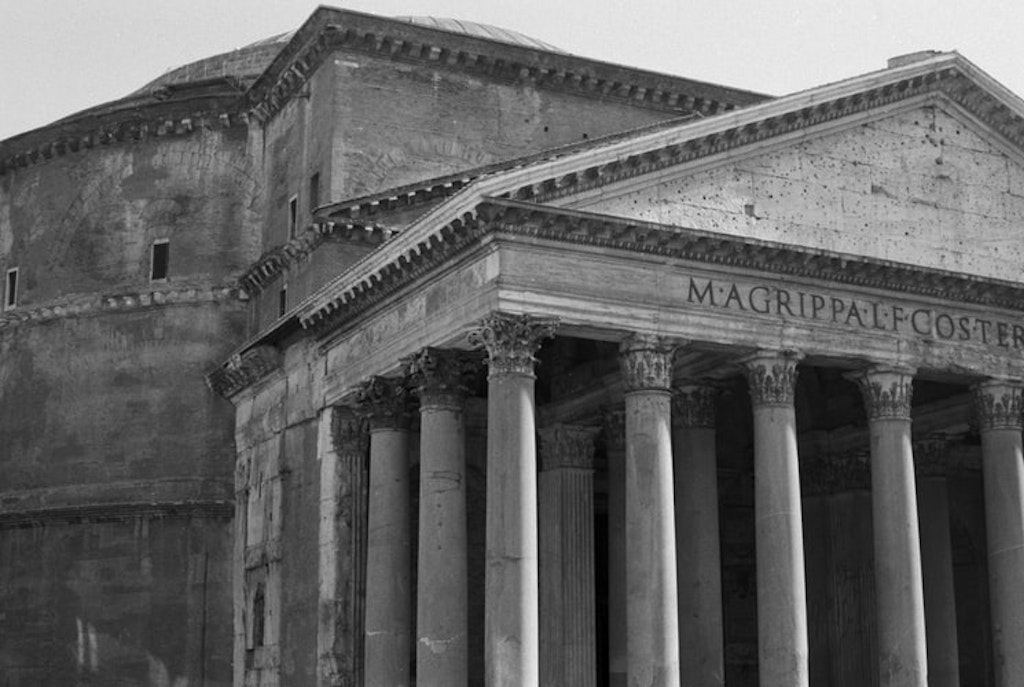 The Pantheon in Rome, Italy,Facts related to Panthéon in Paris