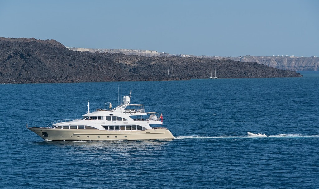 yacht, Romantic things to do in greece