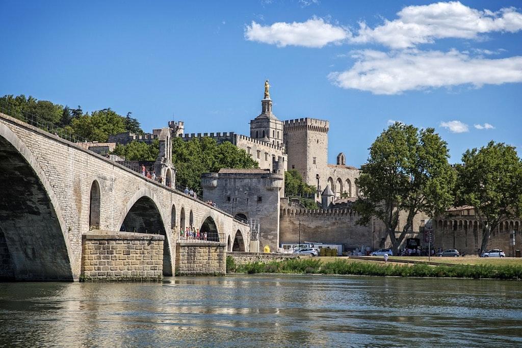 el-puente-de-avignon-Las mejores excursiones de un día desde Marsella Francia