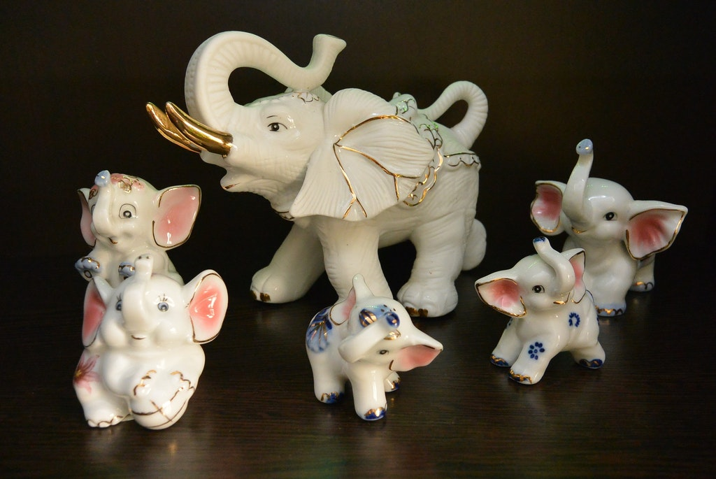 Handicraft, Souvenirs To Bring Back From Thailand