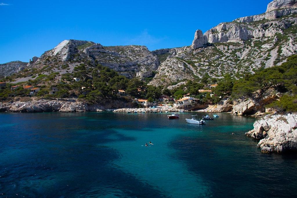 les-calanques-harbou-Las mejores excursiones de un día desde Marsella Francia