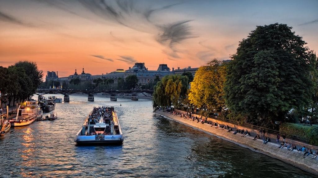 Seine river, cruise, tourists