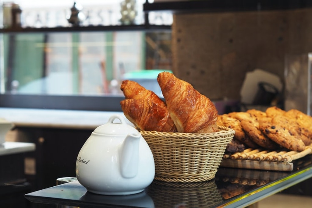 croissants, bakery, things to do in paris