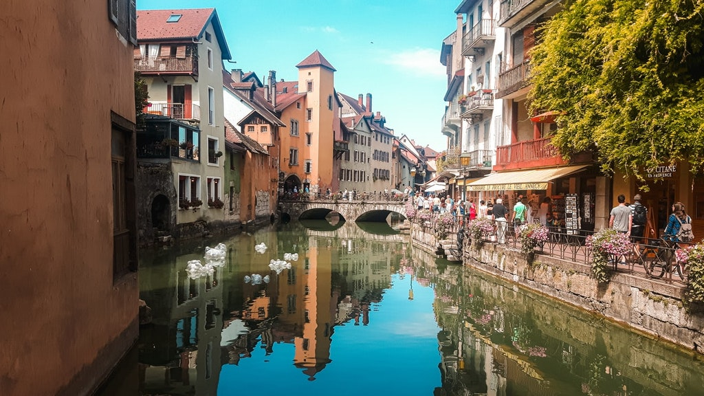 Annecy, Best Places to Honeymoon in France