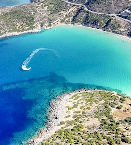 15 Best Beaches in Mykonos, Greece For a Perfect Getaway!