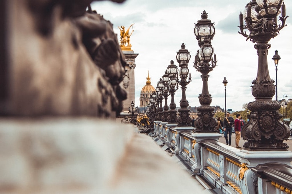 Pont neuf bridge, things to do in paris
