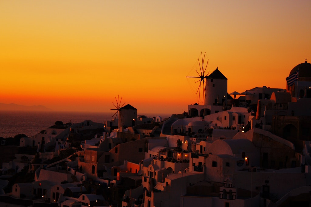 Oia, Best places to watch sunset in Santorini
