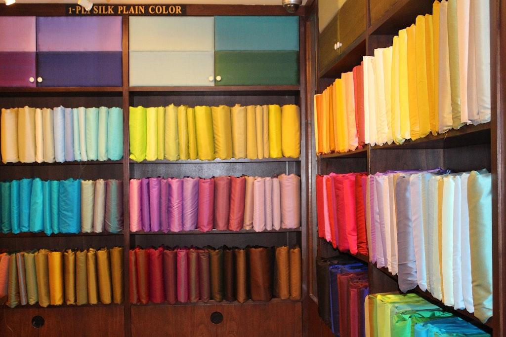 Thai clothes and Thai Silk, Souvenirs To Bring Back From Thailand