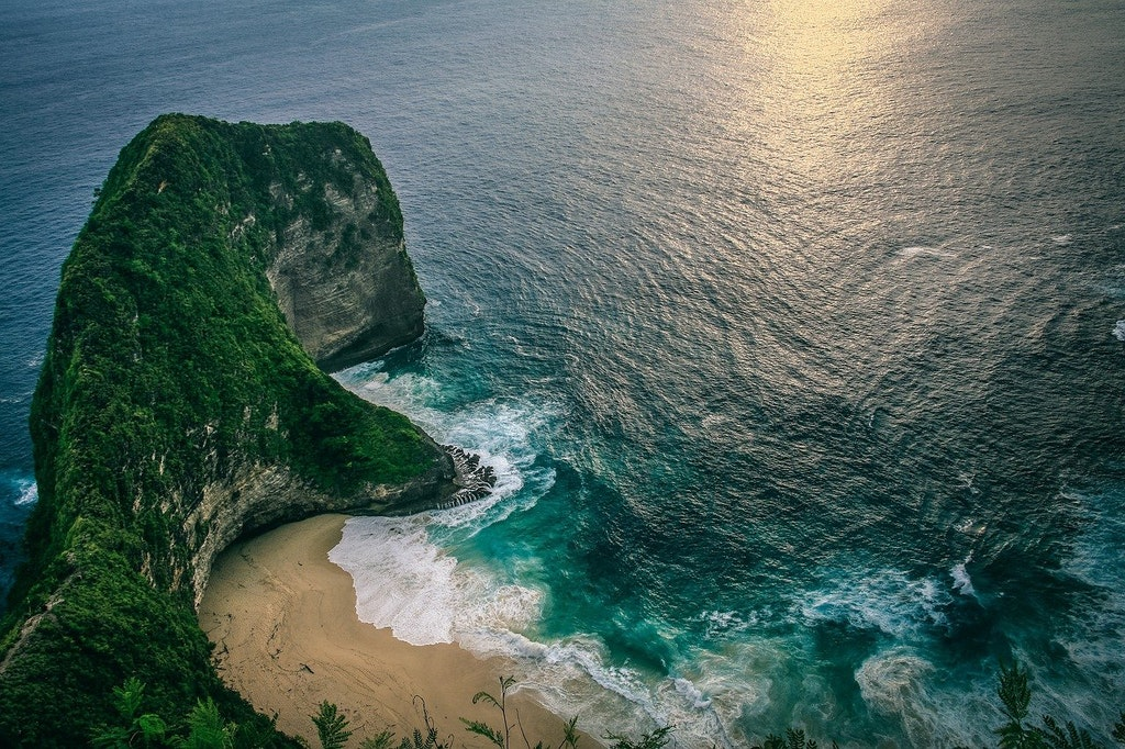 cliff, how to reach Bali from Chennai