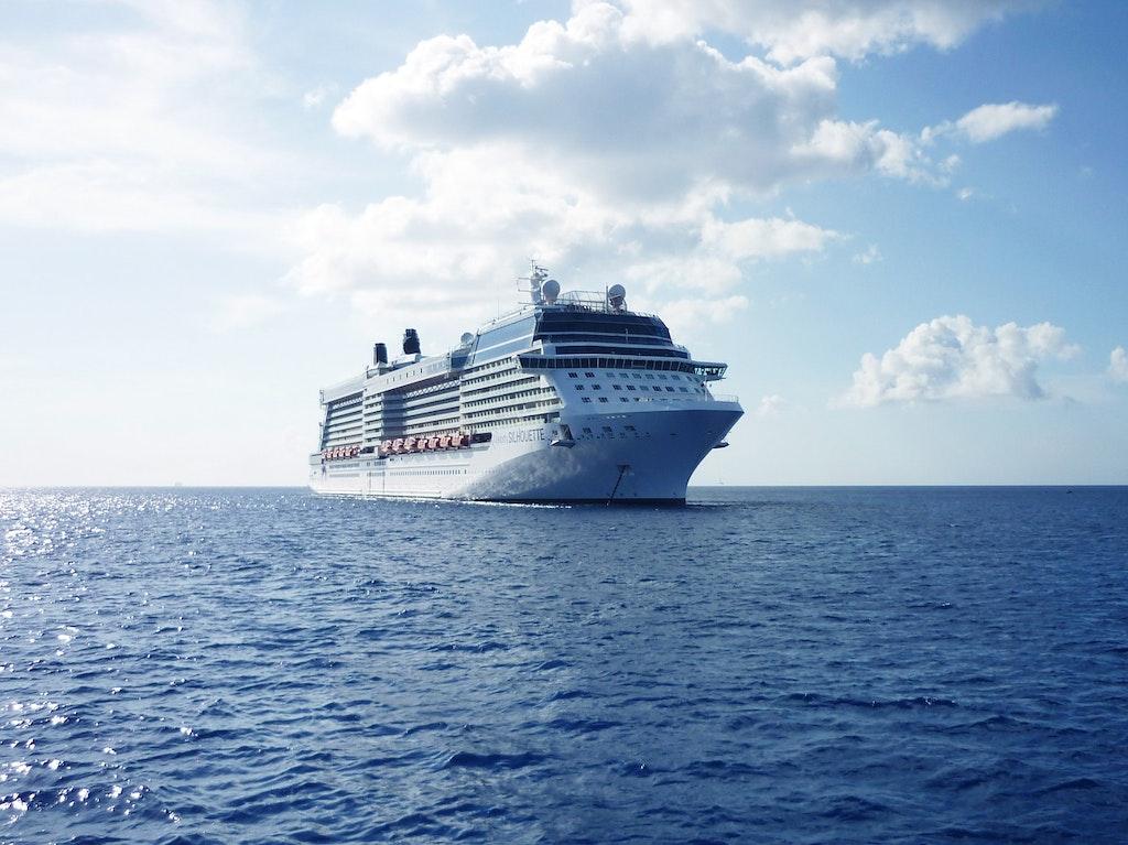 ship-cruise-vacations