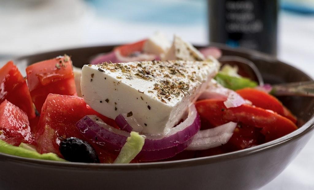 Ensalada griega, restaurantes en Corfú, Grecia