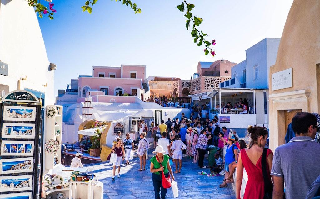 Crossroad Antiques, Best places to shop in Santorini