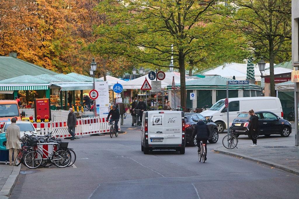 Best Flea Markets in Europe, Munich's giant flea market – Munich, Germany